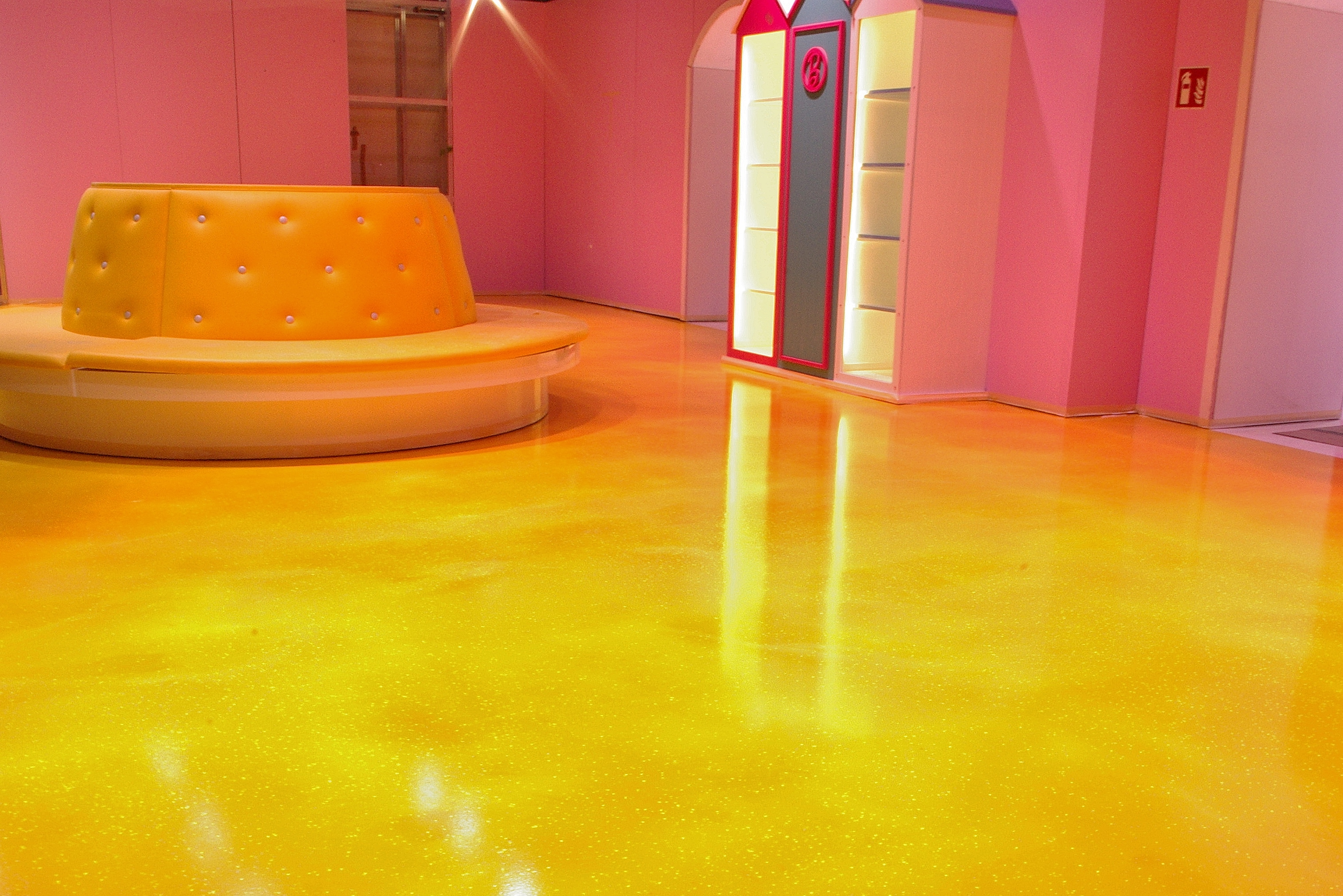 Floor cleaning by mn 7